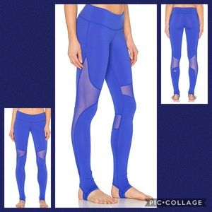 ALO yoga Coast strip up leggings
